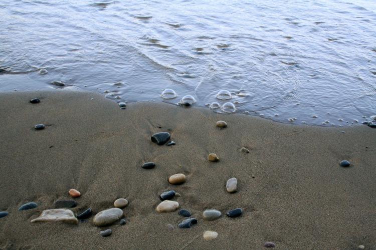 shore-2613538_1920